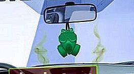L'odore di benzina nella cabina