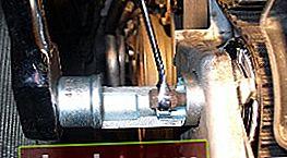 Sostituzione delle cinghie di distribuzione e della pompa di iniezione su Audi A6 2.5 TDI V6