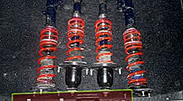 Ammortizzatori per Toyota Corolla E120 ed E150