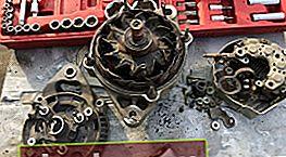 Sostituzione parti alternatore Toyota Corona / Caldina